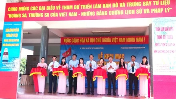 The opening ceremony of the exhibition on Truong Sa, Hoang Sa in Binh Thuan province  (Photo: Sggp)