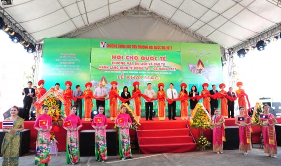 The 2017 International East-West Economic Corridor Trade-Tourism Fair (EWEC Fair) opened in Da Nang
