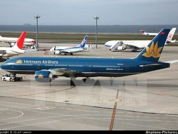 A VietnamAirlines aircraft (Photo: VNA)