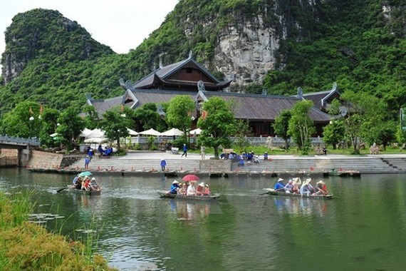 Trang An Landscape Complex in the northern province Ninh Bình is inscribed in the United Nations Educational, Scientific and Cultural Organisation (UNESCO)'s World Heritage List (Photo VNA)