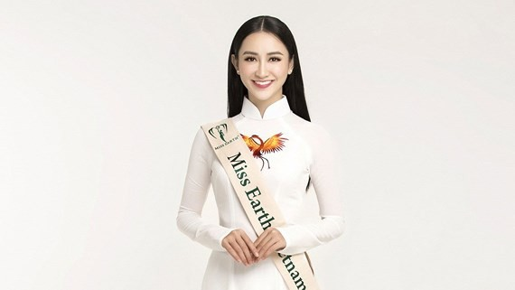Le Thi Ha Thu, the first runner-up at the 2014 Miss Vietnam Ocean