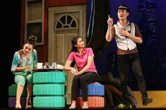 Veterans and young artists of HCM City Drama Theatre are preparing for big shows to celebrate the Tet (Lunar New Year) holiday. (Photo courtesy of the producer)