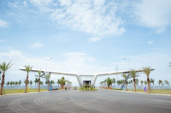 The Vsmart mobile phone factory will be built at the VinFast automobile and electric motorbike manufacturing complex in the Dinh Vu-Cat Hai industrial park in the northern port city of Hai Phong.(Photo: VNA)