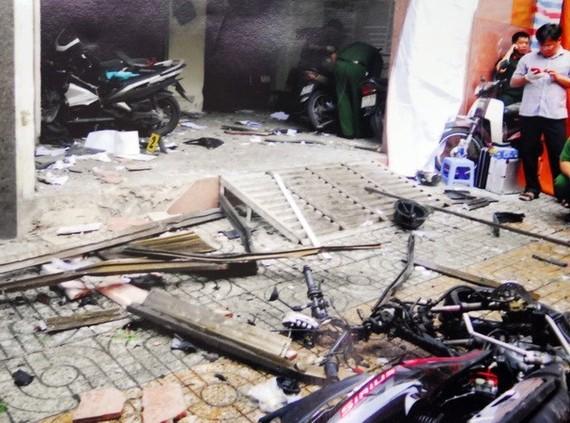 At the explosion scene (Photo: VNA)