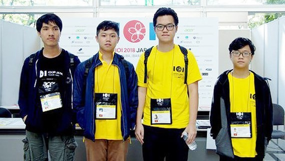 Vietnamese team at the 2018 International Olympiad in Informatics