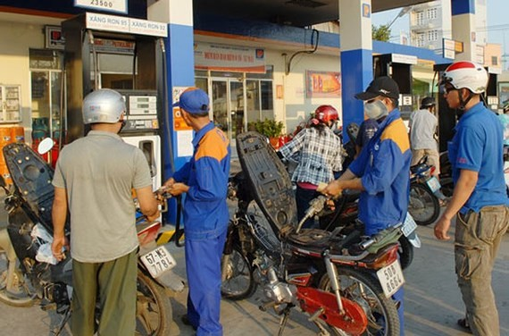 The price of petrol rises on September 6. (Photo: Sggp)