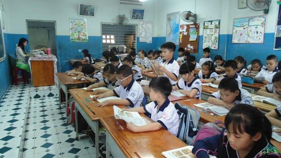 Học sinh tiểu học chỉ sử dụng 4 vở có ô ly từ năm học 2018-2019