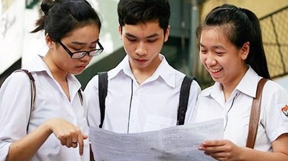 Về lượng kiến thức, đề thi năm nay bao gồm cả kiến thức lớp 11 và 12