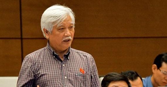 ĐB Dương Trung Quốc phát biểu tại phiên chất vấn