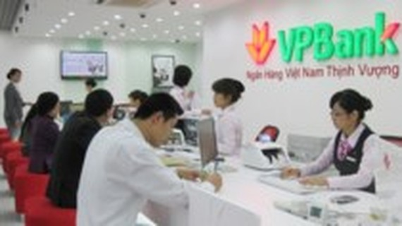 VP Bank where the foreign man withdraw money (Photo: SGGP)