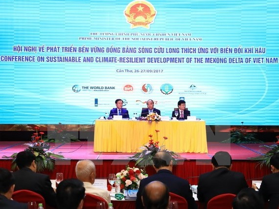 The first conference on sustainable and climate-resilient development of the Mekong Delta was held in Can Tho city on September 26-27 with the presence of Prime Minister Nguyen Xuan Phuc (Photo VNA)