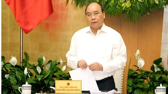 Vietnam strives growth target of 6.7 percent for 2018: PM Phuc