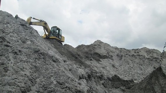 Relevant agencies look for market to sell eight million tons of coal residues