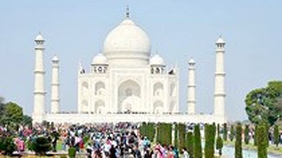 Travel promotion fair aims to boost Vietnam-India tourism