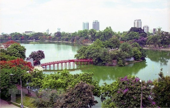 A view of Hoan Kiem Lake (Photo: VNA)