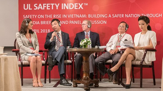 Experts joining the discussion regarding the UL Safety Index