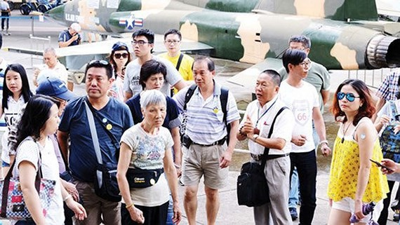 More international travelers arrive in Vietnam, they enjoy Vietnam's visa exemption policy (Photo: SGGP)