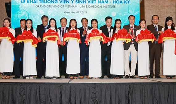 The grand opening of the Vietnam – USA Biomedical Institute in the central city of Nha Trang