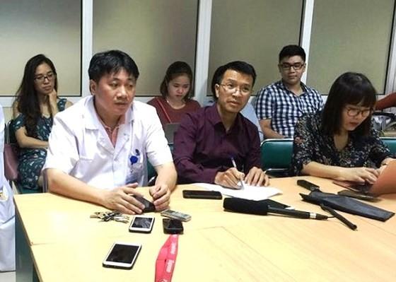 deputy head of the Vietnam-German Hospital's Emergency ward Dr. Le Viet Khanh at July 19 press brief (Photo: SGGP)