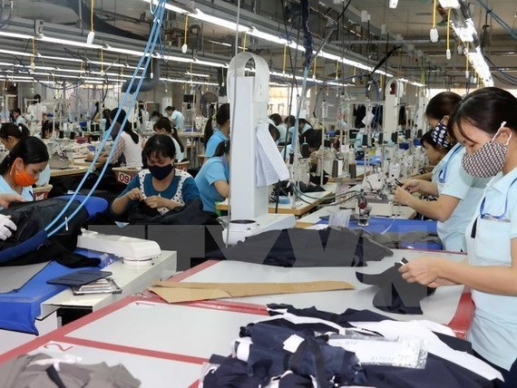 Impacts of US-China trade war on Vietnam's garment, footwear industries