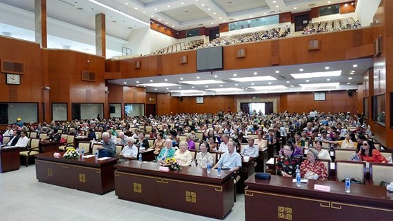 Over 1,000 senior people receive medical check-up