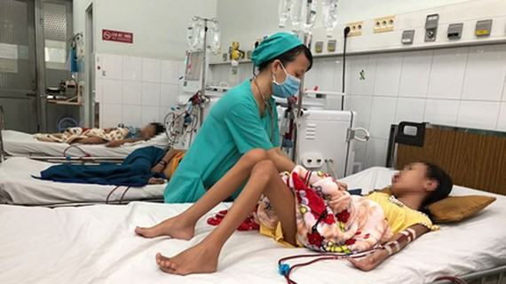 Many children are undergoing hemodialysis in the Children Hospital No.2