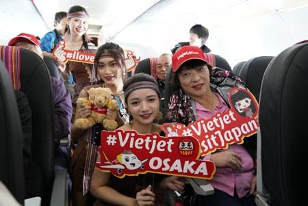 Japan's Kansai Airport welcomes first direct flight from Vietnam