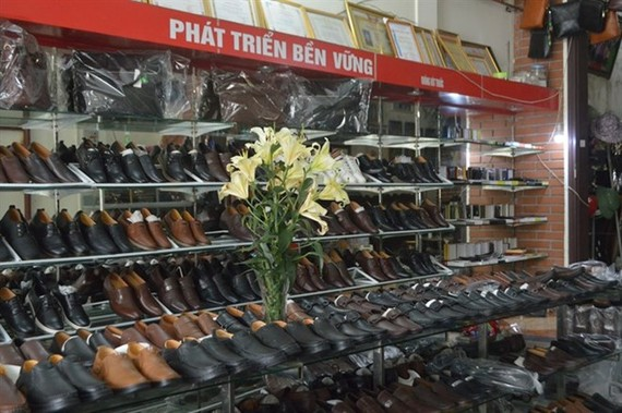 A footwear store in Hanoi's Phu Xuyen district (Source: VNA)
