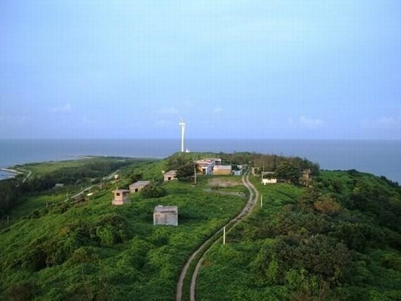 Fresh water is found in Bach Long Vi Island (Photo: SGGP)