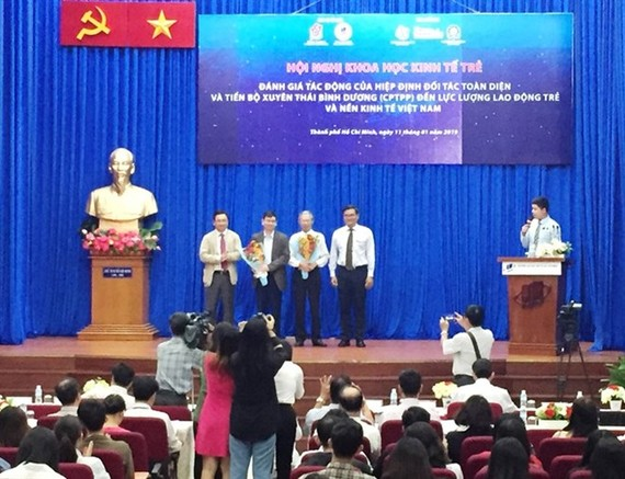 A conference on the labour impact of the Comprehensive and Progressive Agreement for Trans-Pacific Partnership (CPTPP) was held in HCM City on January 11. (Photo: VNA)