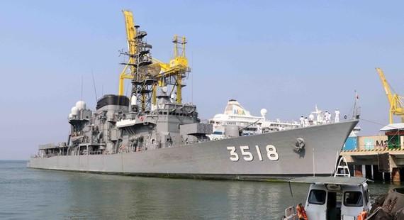 Vessel JS Setoyuki of the Japan Maritime Self-Defence Force at Tien Sa port (Photo: VNA)