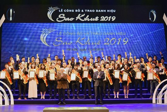 The awards ceremony for Sao Khue Awards 2019 yesterday in Hanoi. Photo by T.B