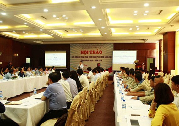 The conference on innovative startup ecosystem in Quang Ngai Province. Photo by Nguyen Trang