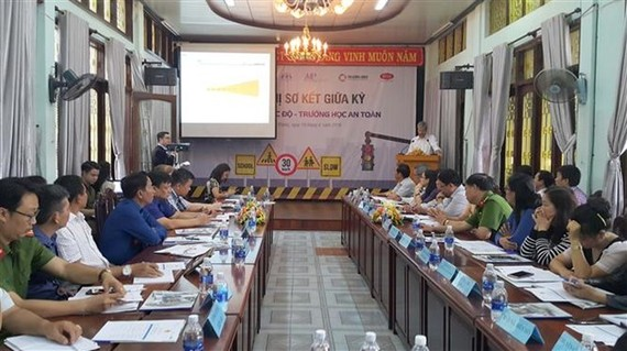 At the conference on June 19 to review the implementation of the 'Slow Zones, Safe Zones' project (Photo: VNA)