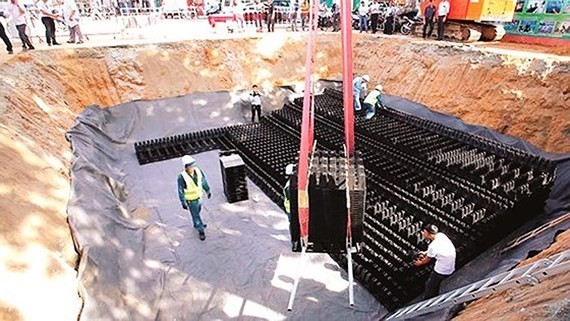 An under construction reservoir in Thu Duc district, HCMC (Photo: SGGP)