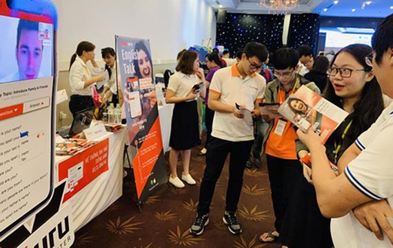 Startup Testuru is introducing its project in the event Vietnam Startup Day 2019. (Photo: SGGP)