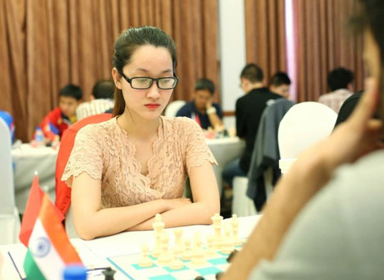 Vietnamese female grandmaster Vo Thi Kim Phung won the first gold medal at the 2017 Asia Individual Chess Championship