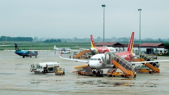Airplanes at Noi Bai International Airport in Hanoi (Photo: VNA)