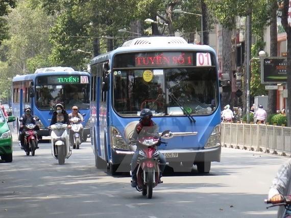 HCM City trials digital signboards at bus stops (Illustrative image. Source: VNA)