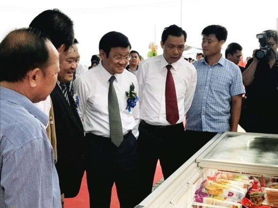  Former President of Vietnam Truong Tan Sang attends in the event.