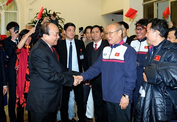 PM Nguyen Xuan Phuc honors success and efforts of the Vietnam national under-23 team