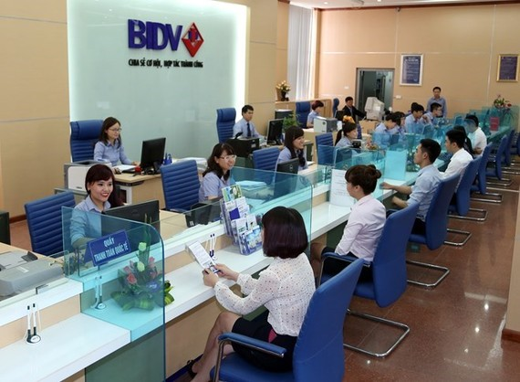 A transaction office of the Bank for Investment and Development of Vietnam (BIDV) (Photo: Vietnamplus)