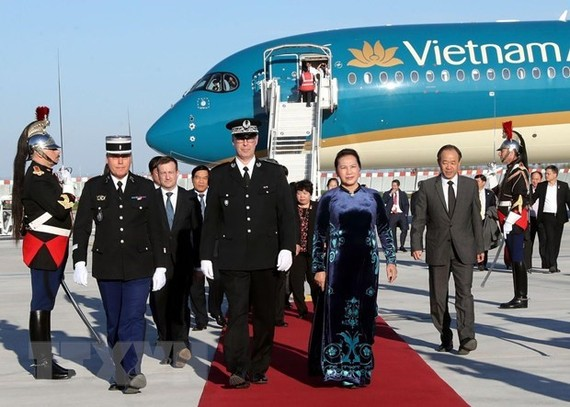 At the welcome ceremony for NA Chairwoman Nguyen Thi Kim Ngan (Source: VNA)