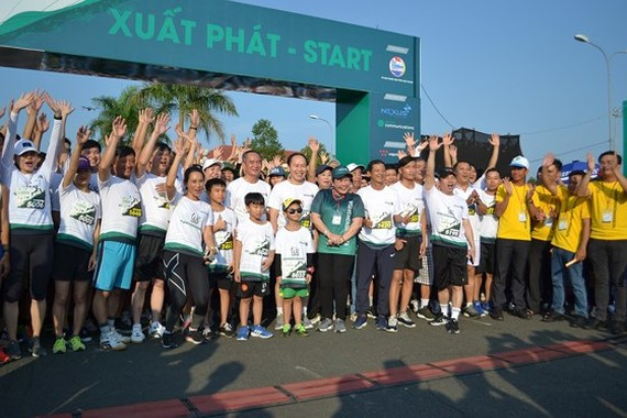 Over 4,000 people marathon for environment in Mekong Delta