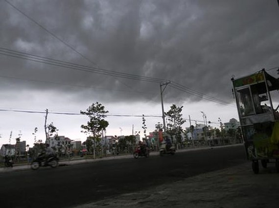 Central region enjoys rains after one- week drought