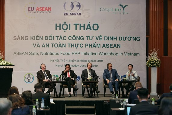 Experts attend in ASEAN safe, Nutritious Food Public–private Partnership Initivative Workshop in Hanoi