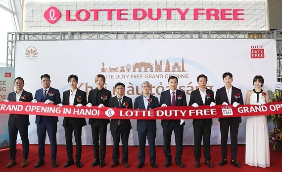 Lotte's third duty-free store is located at Noi Bai International Airport in capital city of Hanoi. (Photo: Lotte)