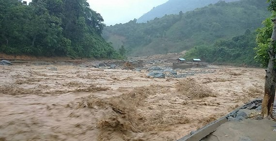 A huge flashflood is forecast to follow typhoon Wipha (Illustrative photo:SGGP)
