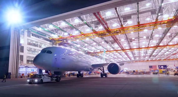 Vietnam Airlines will receive the first Boeing 787-10 Dreamliner in early  August (Source: internet)