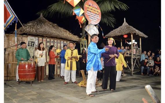 Nghệ thuật hát bài chòi Trung bộ Việt Nam được ghi danh vào danh sách di sản văn hóa phi vật thể đại diện của nhân loại. Ảnh: NGỌC PHÚC